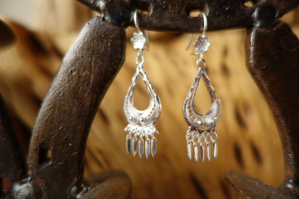925 Silver Filigree 15mm wide Teardrop HANG Earrings