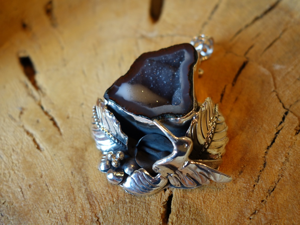 925 Silver Pendant with Geode Hummingbird flower leaf design