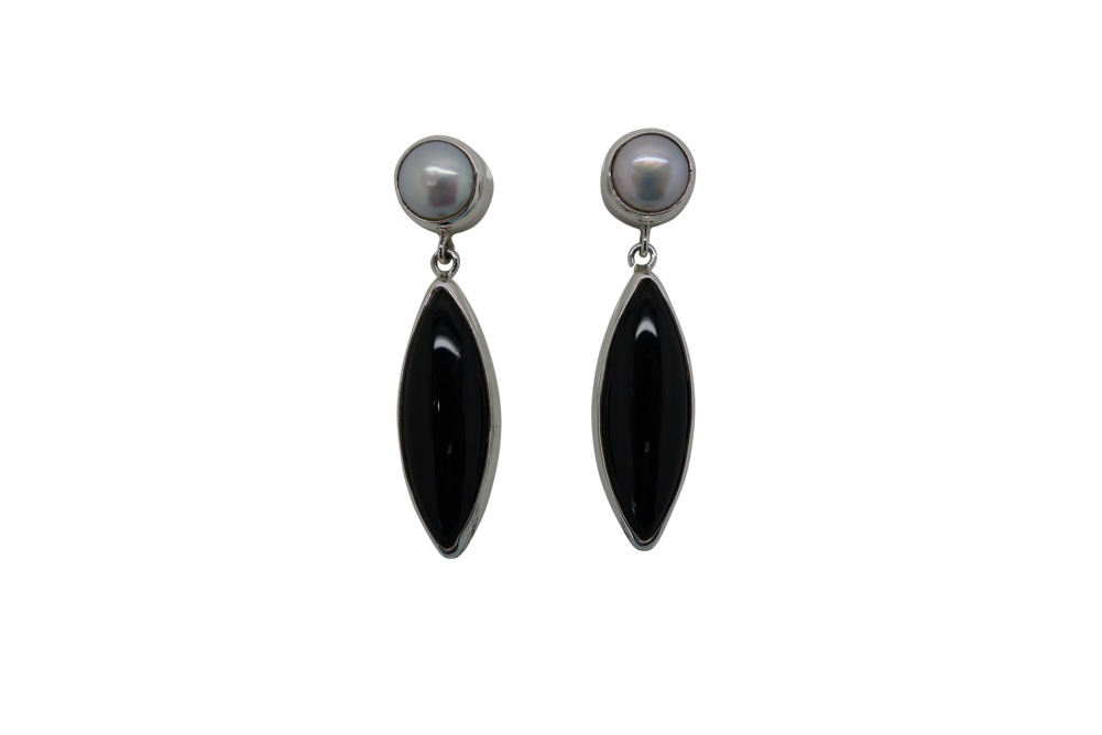 Elongated Onyx with round pearl simple Sterling Silver Earrings-POST