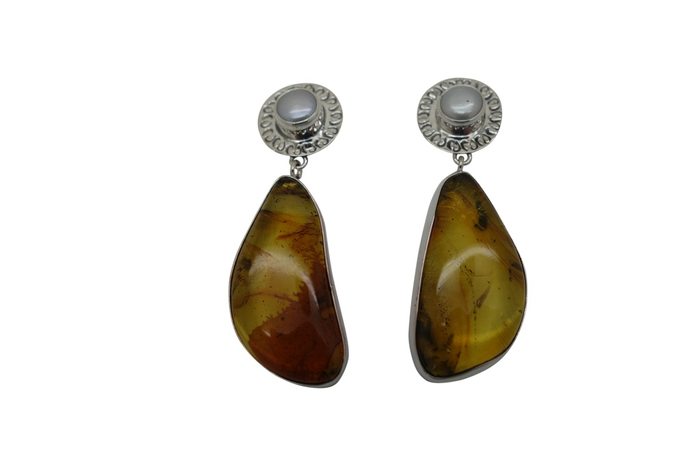 Elongated Amber with Pearl Simple and Hammered Sterling Silver Earrings-POST