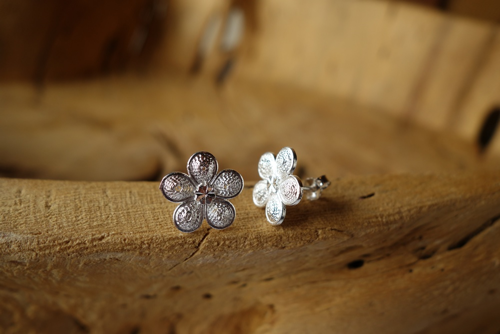 925 Silver Filigree 9mm Floral Design POST Earrings
