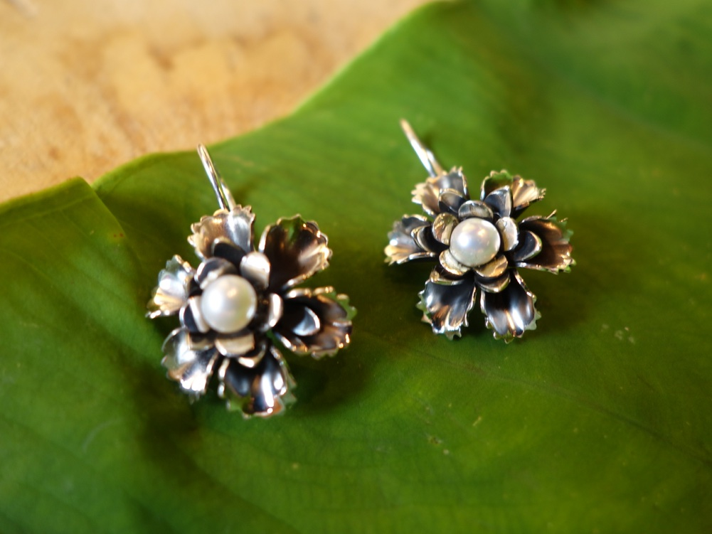 3cm POST Silver Rose with Pearl Earrings