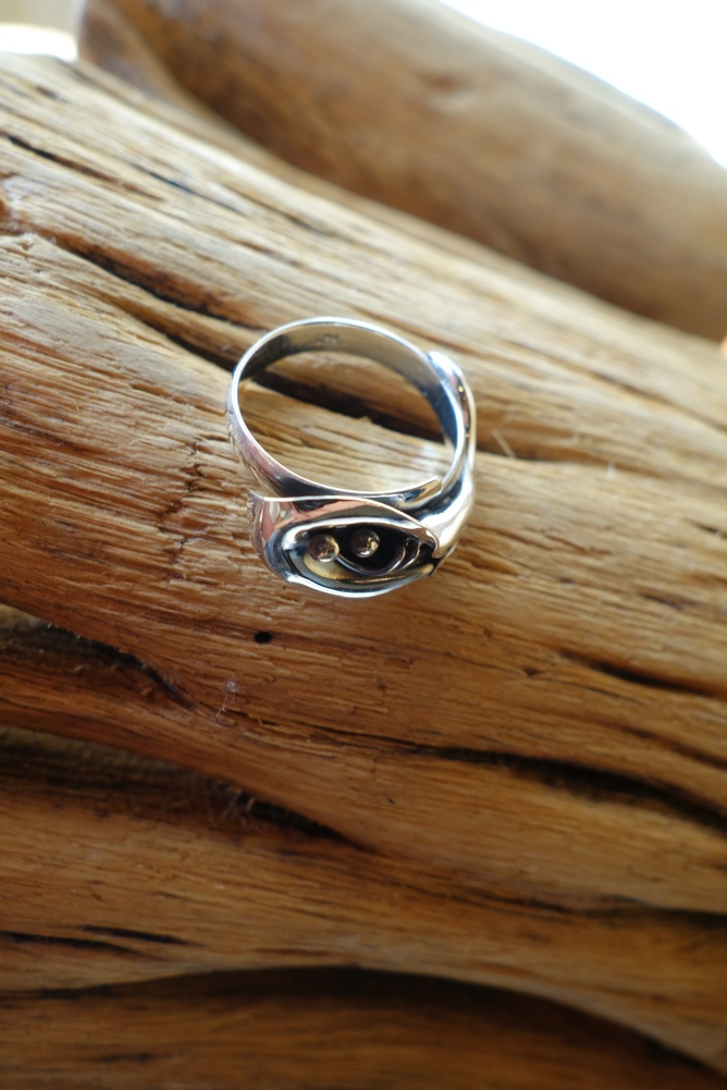 Size 8 Silver Ring with Calililly
