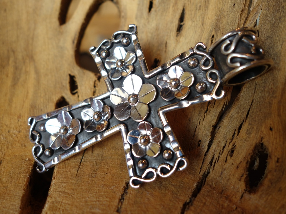 10cm Cross with Floral accents 925 Solid Silver