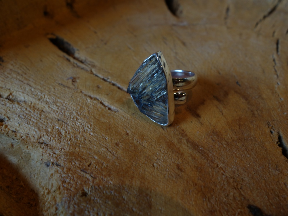 Size 7.5 Rutilated Quartz 925 Solid Silver Ring