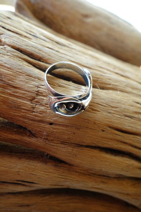 Size 10 Silver Ring with Calililly