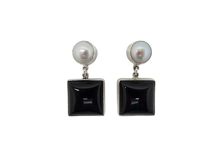 Square Onyx with Round Pearl simple silver earrings-POST