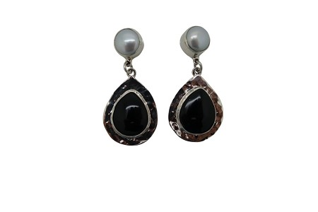 Teardrop Onyx with Pearl Hammered Sterling Silver Earrings-POST